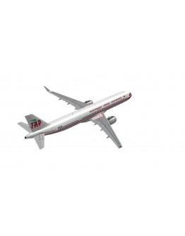 Airbus A321neo RetroJet TAP CS-TJR