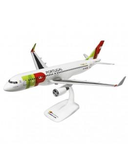 "Airbus A320 TAP Portugal, "" Rafael Bordalo Pinheiro"" CS-TNT"