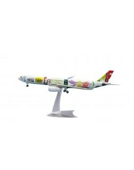Airbus A330-300 Stopover TAP CS-TOW