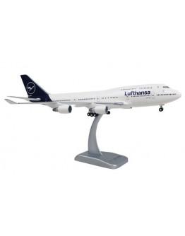 Boeing 747-400 Lufthansa D-ABVM