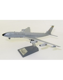 Boeing 707-300 Colombian Air Force FAC1201 With Stand