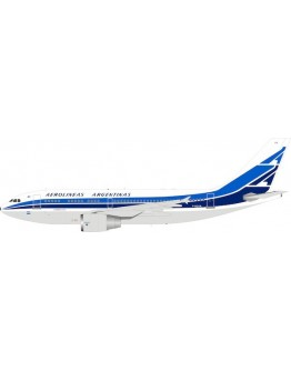 Airbus A310-300 Aerolineas Argentinas F-OGYR plus stand