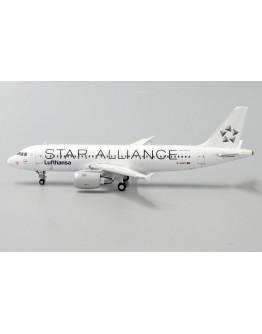"Airbus A320 Lufthansa ""Star Alliance"" D-AIQS With Antenna"
