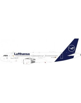 Airbus A319-114 Lufthansa D-AILM With Stand
