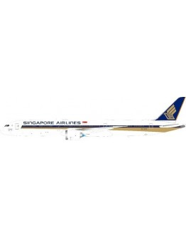 "Boeing 787-10 Dreamliner Singapore Airlines ""The 1000th Dreamliner"" 9V-SCP With Stand"