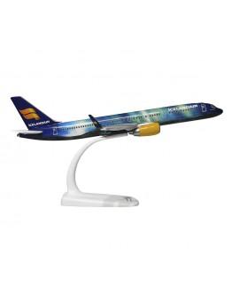 "Boeing 757-200 Icelandair ""Hekla Aurora Borealis"" TF-FIU"